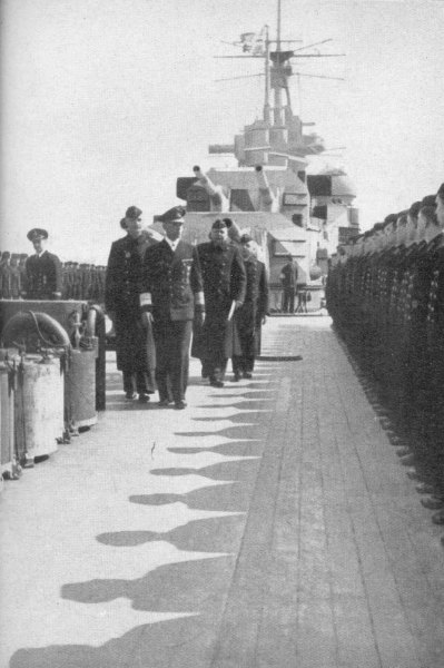 L�tjens Inspecting the Prinz Eugen